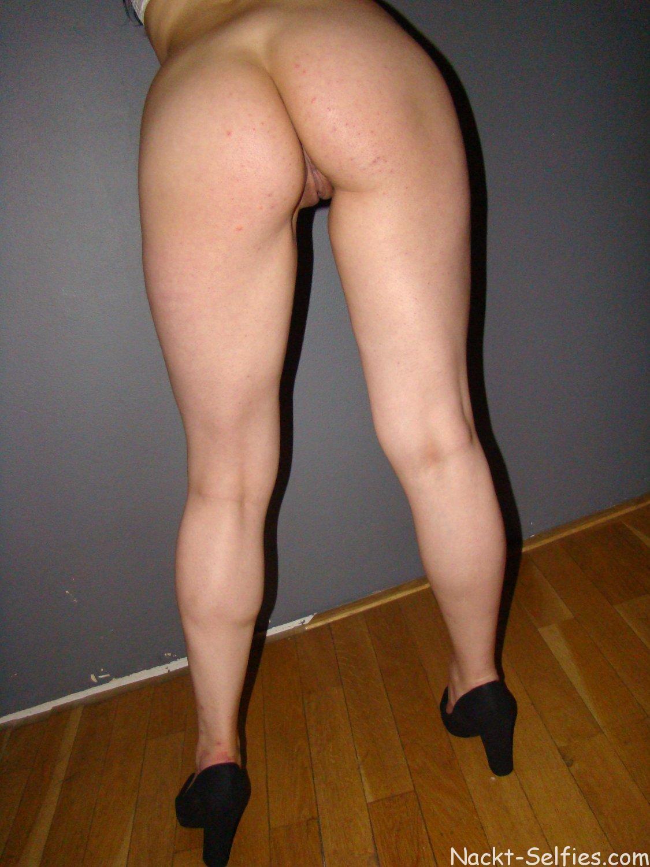 Amateur Nacktfoto Xenia 04