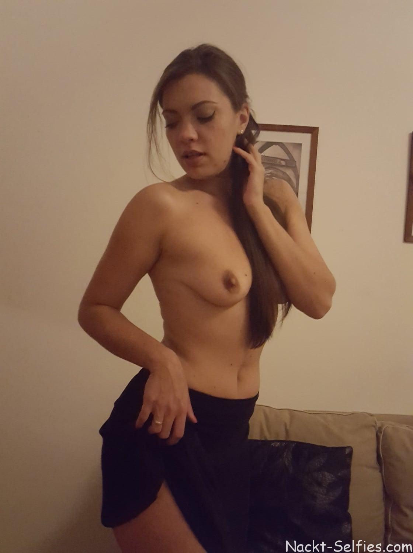 Ganz privates Nacktfoto Kristin 03