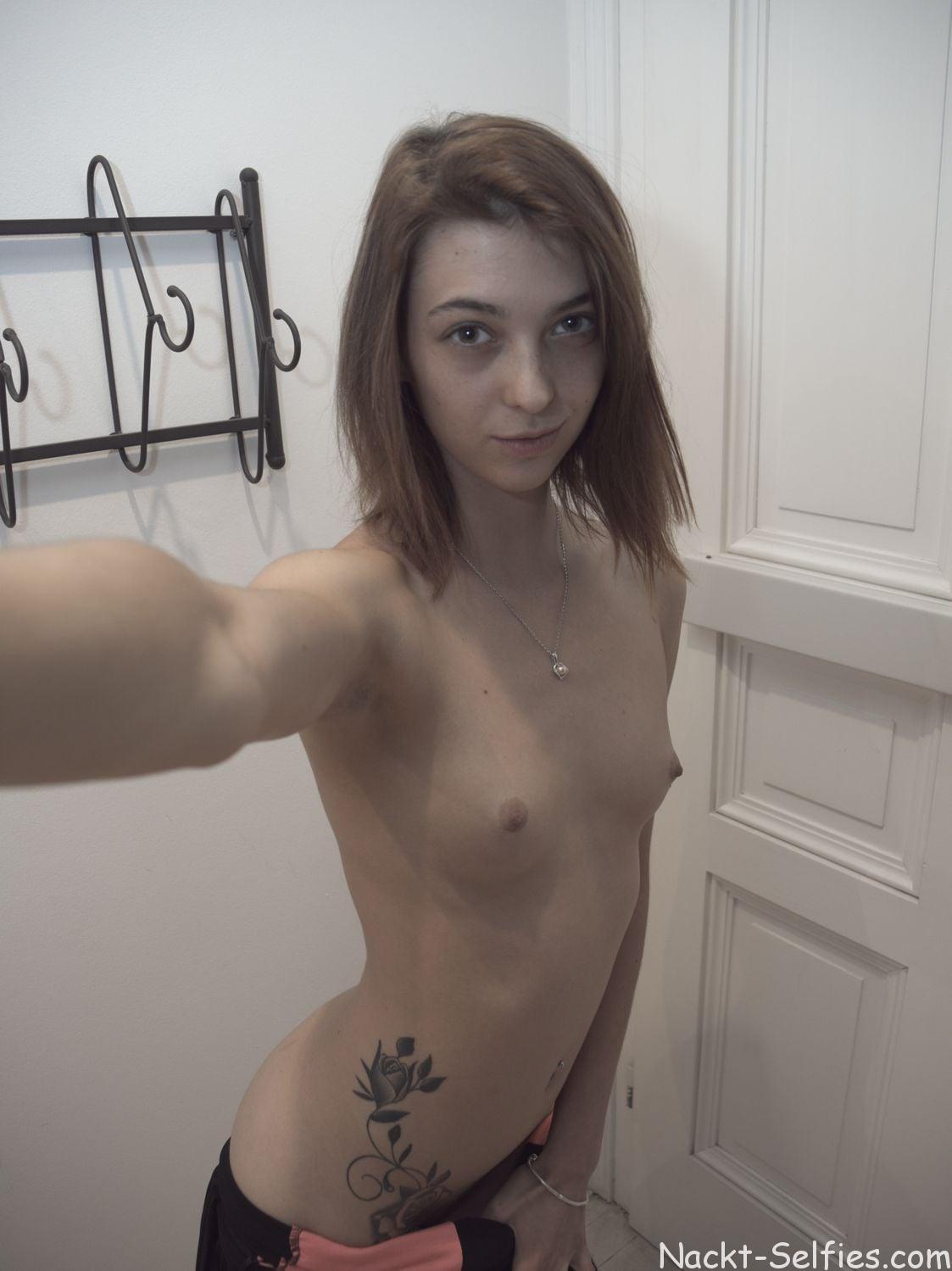 Geiles Nackt Selfie Anna-Lena 04