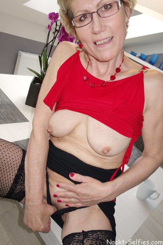 Geiles Oma Nacktbild Ulrike 01