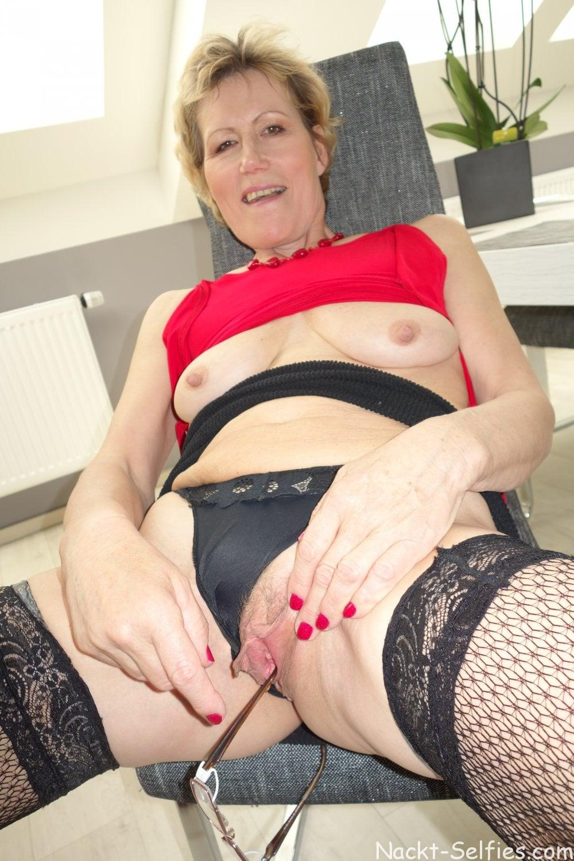 Geiles Oma Nacktbild Ulrike 06