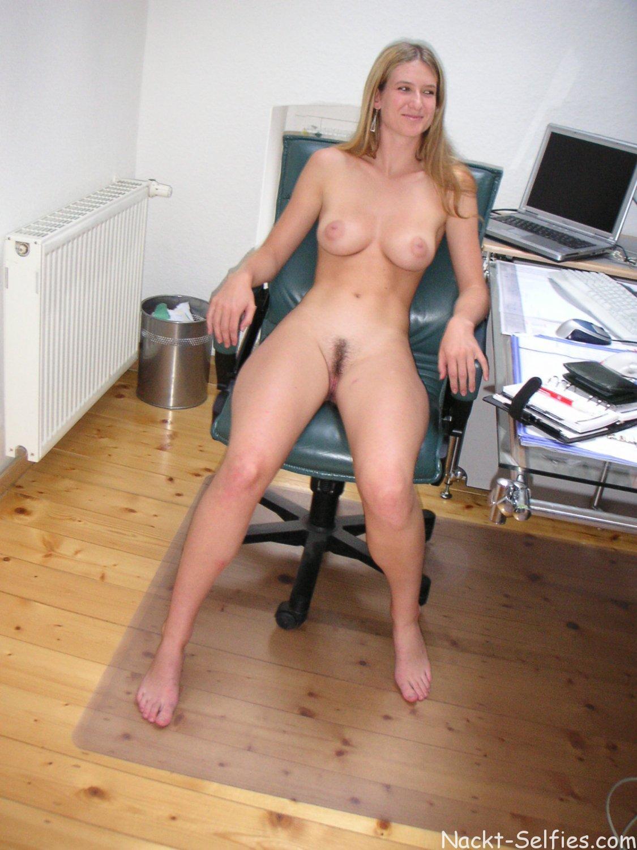 Frauen Nackt Im Büro
