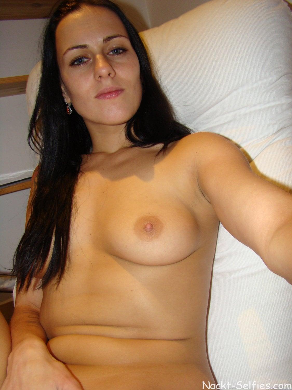 Lili mein privates Nackt Selfie 08