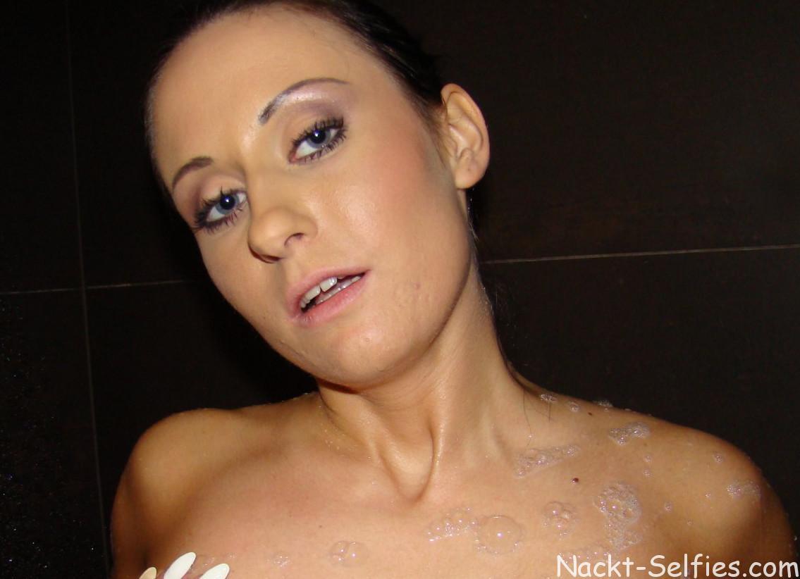 Marleen Fotos nackt duschen
