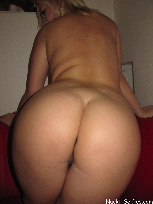 nacktes Bild 03 von Milf Josi für Sexting