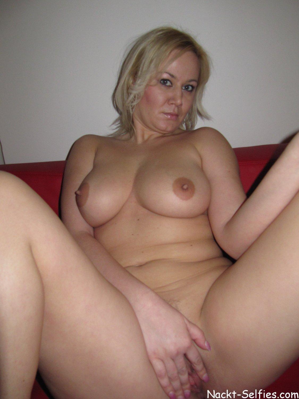 Very horny lesbian porn