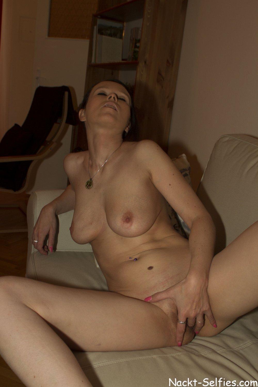 privates Nacktbild 07 von Milf Kathleen