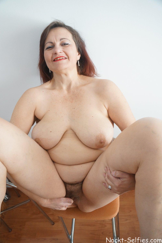 Mutti macht sich nackt Barbara 09