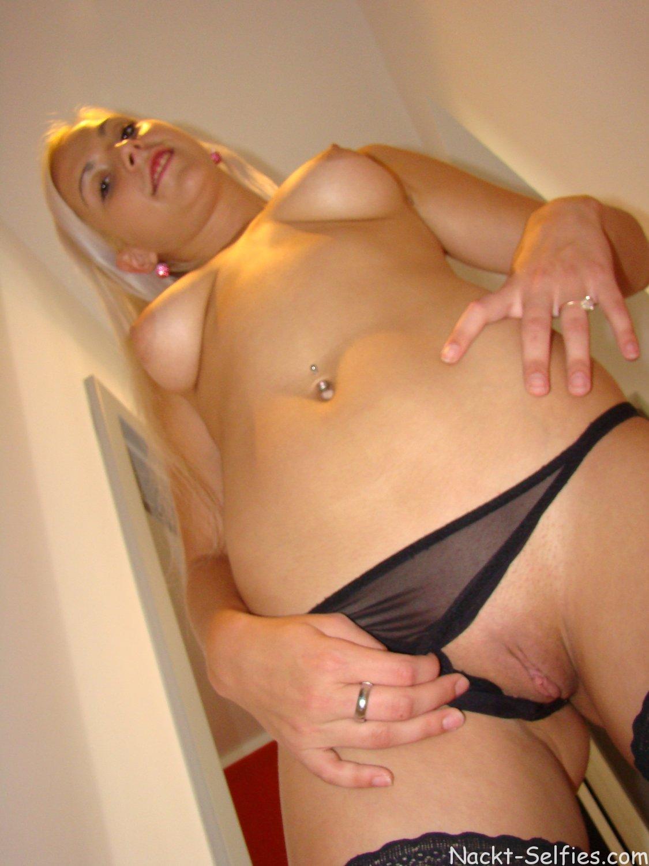 Nackt blond Mädchen Jessie Bild 09