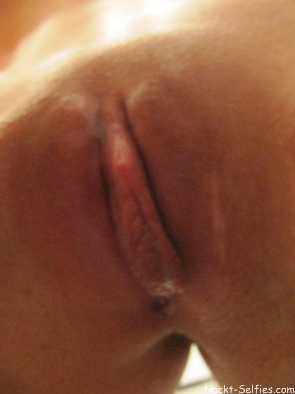 Nackt Selfshot vor dem Spiegel Mary 09