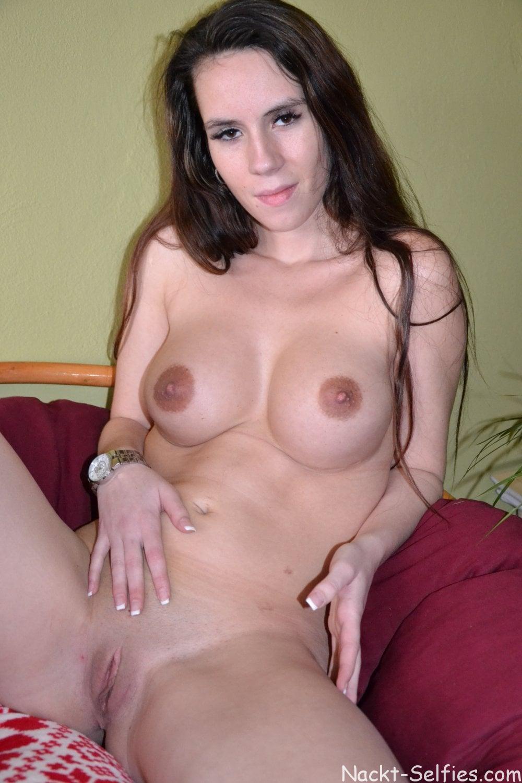 Nacktfoto von Studentin Valentina 05
