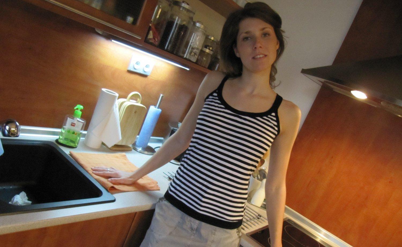 Nacktfotos junge Hausfrau Alexandrea