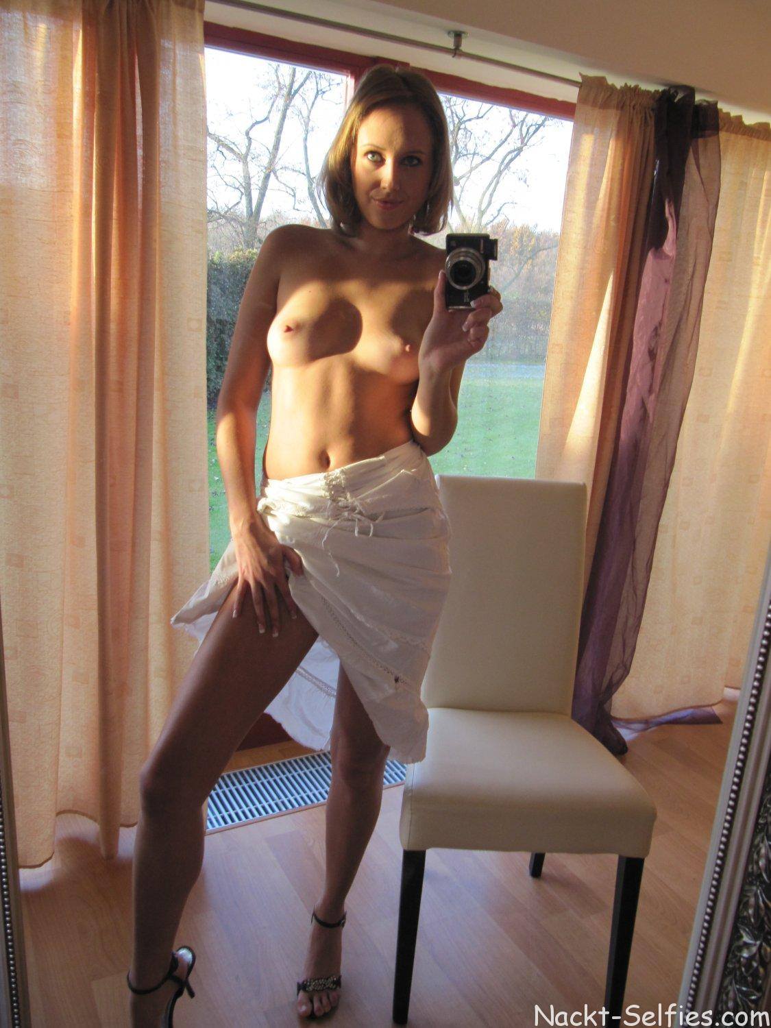 Privater Erotik Self Shot Ella 01