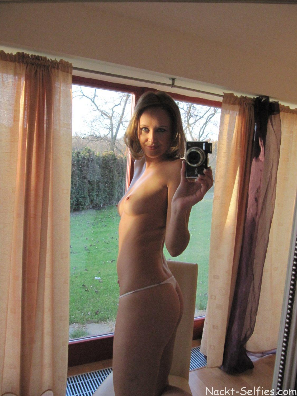 Privater Erotik Self Shot Ella 02
