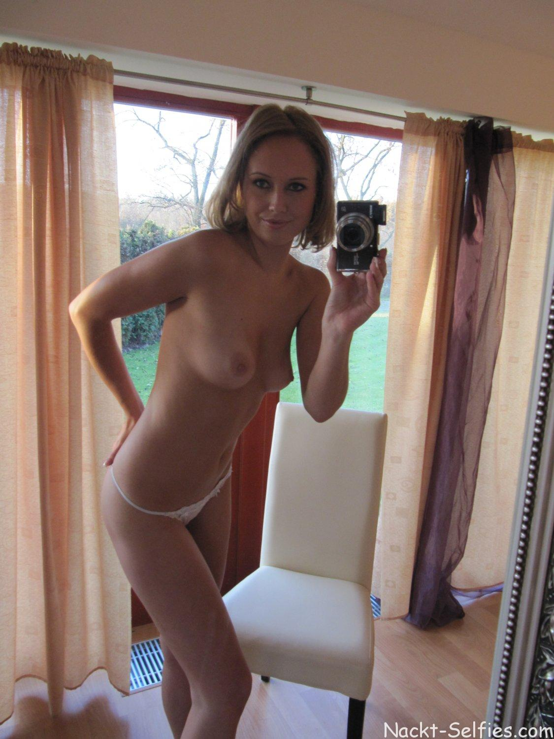 Privater Erotik Self Shot Ella 06