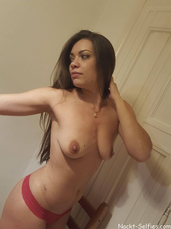 privates Nacktbild Frau Kristin 03