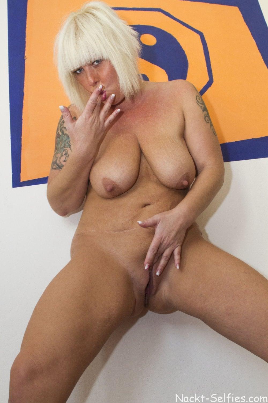 Reifes Nacktbild geile Milf Moni 05