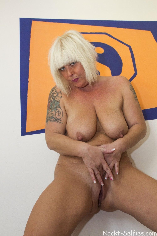 Reifes Nacktbild geile Milf Moni 06