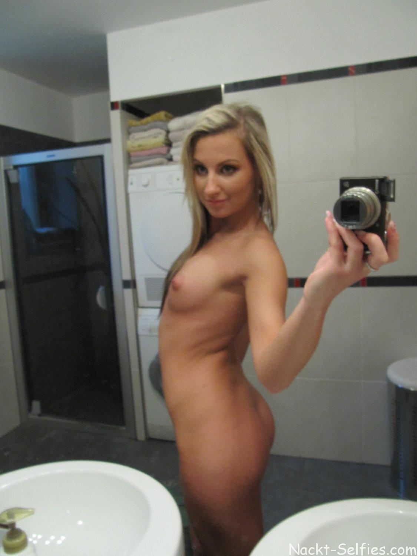 Teen Selfie nacktes Mädchen Michelle 08